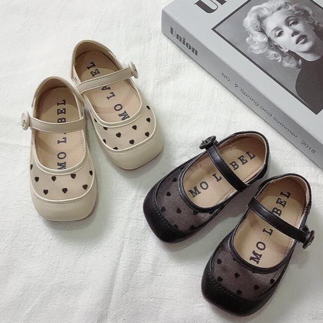 女の子のためのかわいいお靴 🩰 入荷しました
